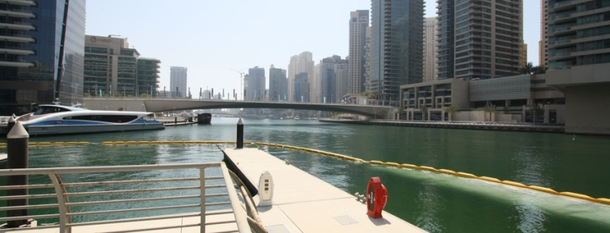 Supply and Installation of a silt curtain in the Dubai marina channel
