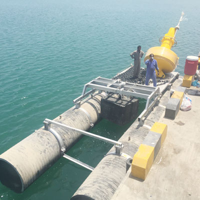 work-pontoons-and-boats-uae