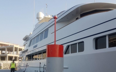 Custom fabricated pile cap fitted with SealiteSL602 - 3nm GPS sync Solar powered beacon