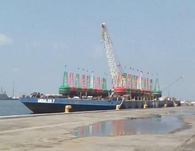 Deployment of steel buoys