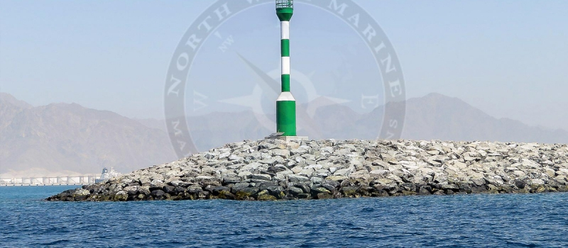Design and manufacture of port entrances navigation towers