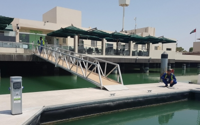 Installation of new service pedestals at Al Gurm, Abu Dhabi