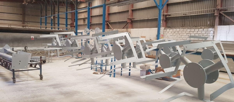 Manufacturing of steel navigation aid products