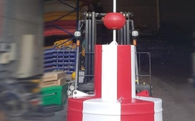 New SealiteSLB1250 safe water buoy with SL60